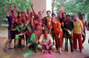 Friends-Team-During-Holi-Festival-520x343