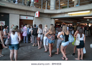 women-queuing-for-the-ladies-toilets-at-twickenham-rugby-stadium-home-BMH858